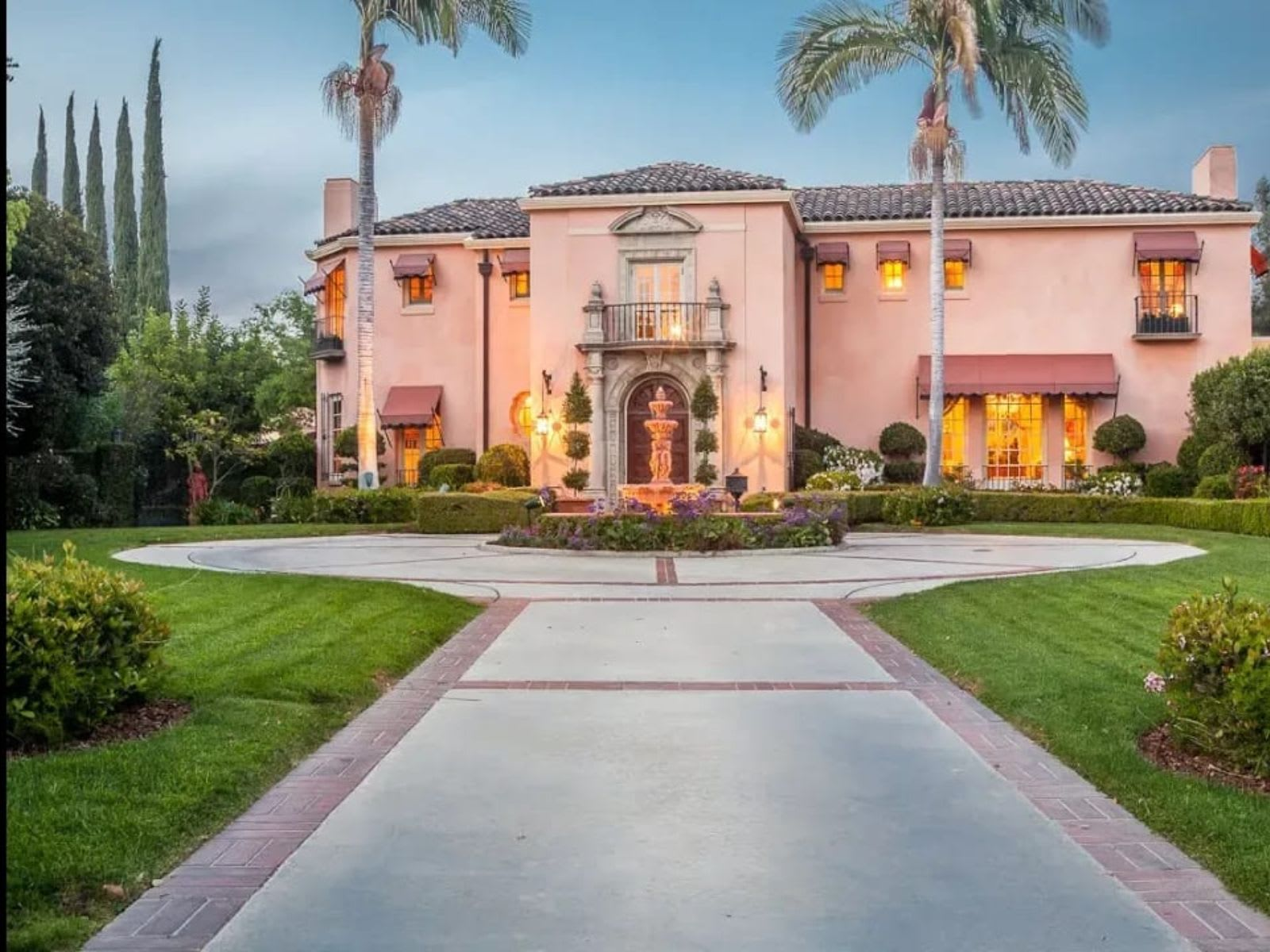 Iconic Traditional Estate | 1126 Hillcrest Ave | Pasadena California video preview