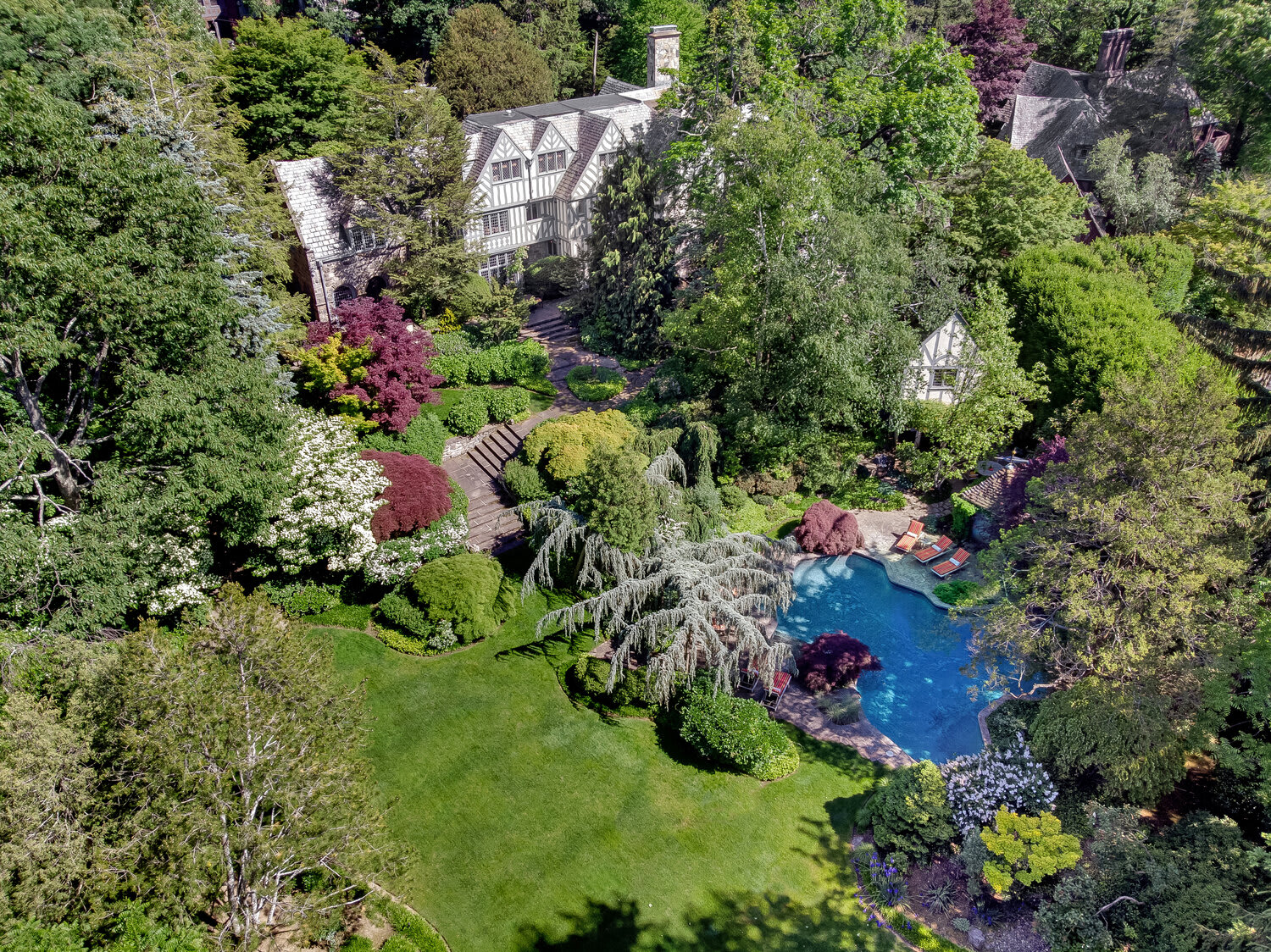 REAL ESTATE, BRONXVILLE, AND THE PRIZED 5 ELM ROCK ROAD WITH SHEILA STOLTZ