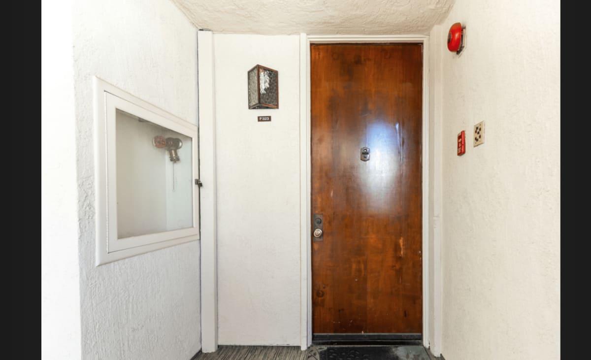 6050 Canterbury Dr photo