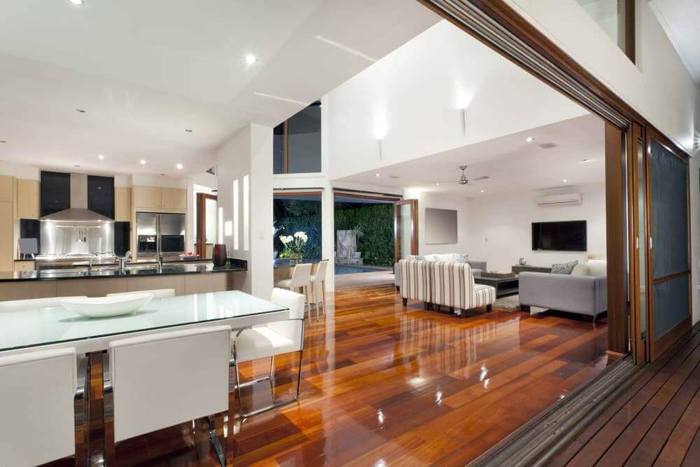 An Eye for Birdseye Maple in Luxury Homes