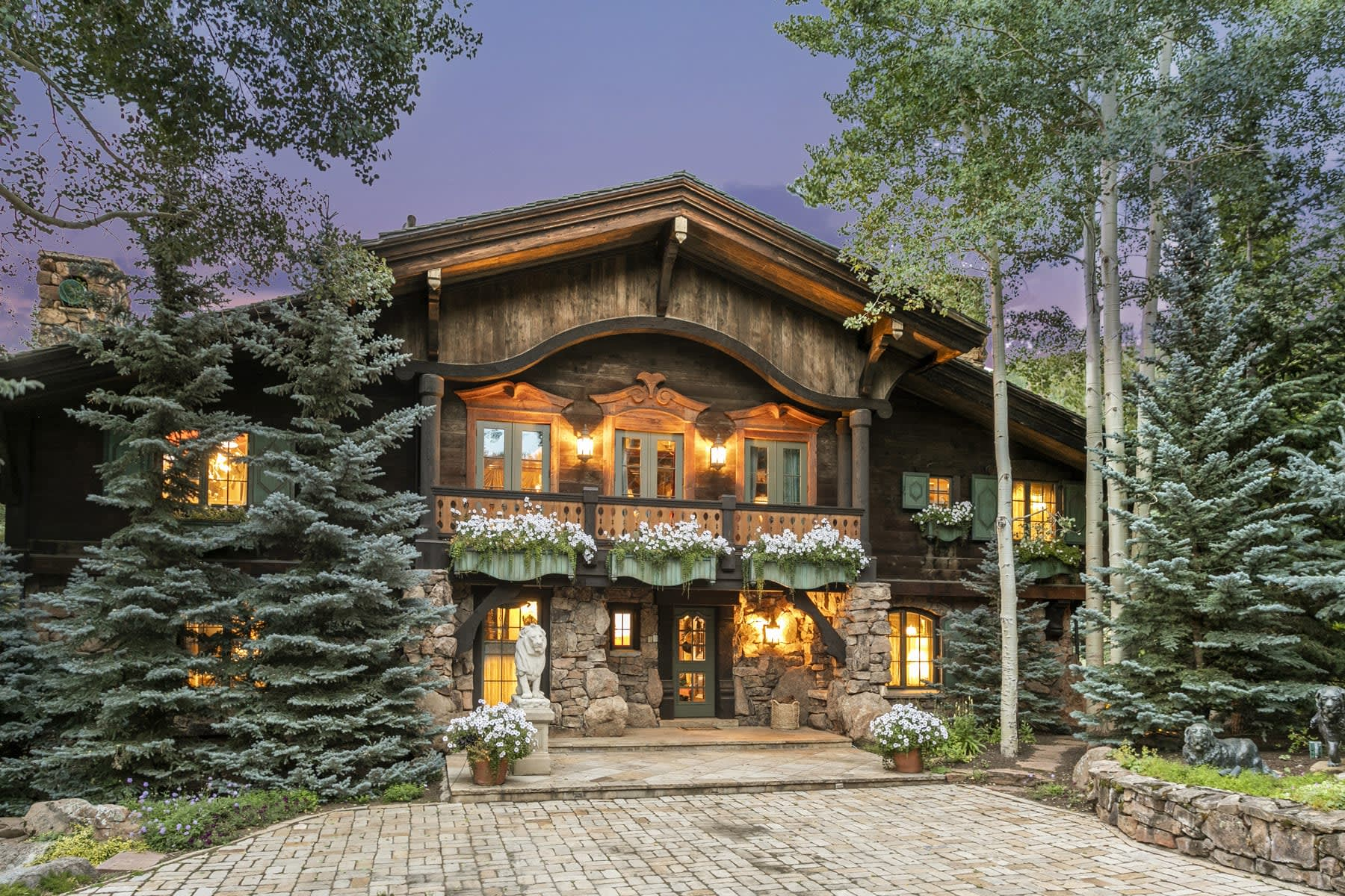 Vail's iconic 375 Mill Creek Circle chalet sells sight unseen for the record-breaking price of $24,000,000