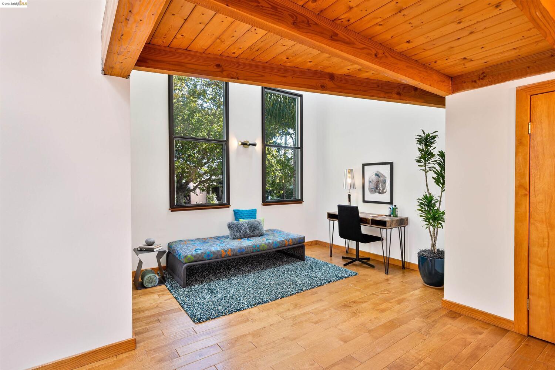 Rare Top-floor West Berkeley Loft photo