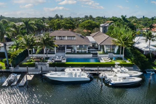 Waterfront mansion in Coral Gables sells for $10.4M