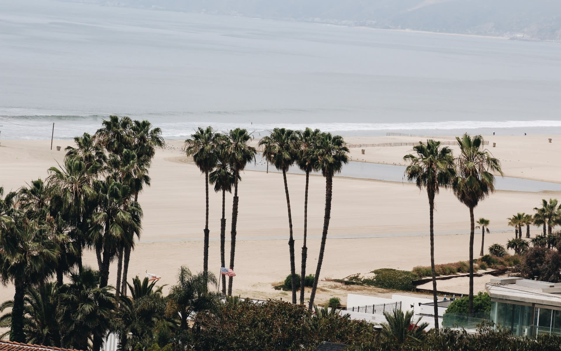 Top Santa Monica Realtor   Tracey Hennessey video preview