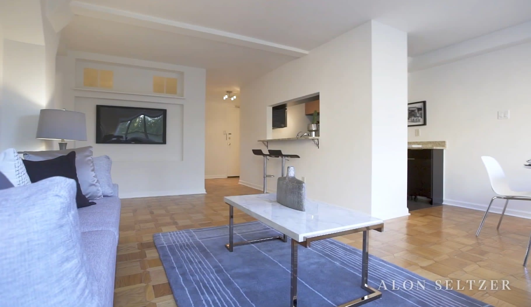 Residence 712-713 at The Rittenhouse Savoy video preview