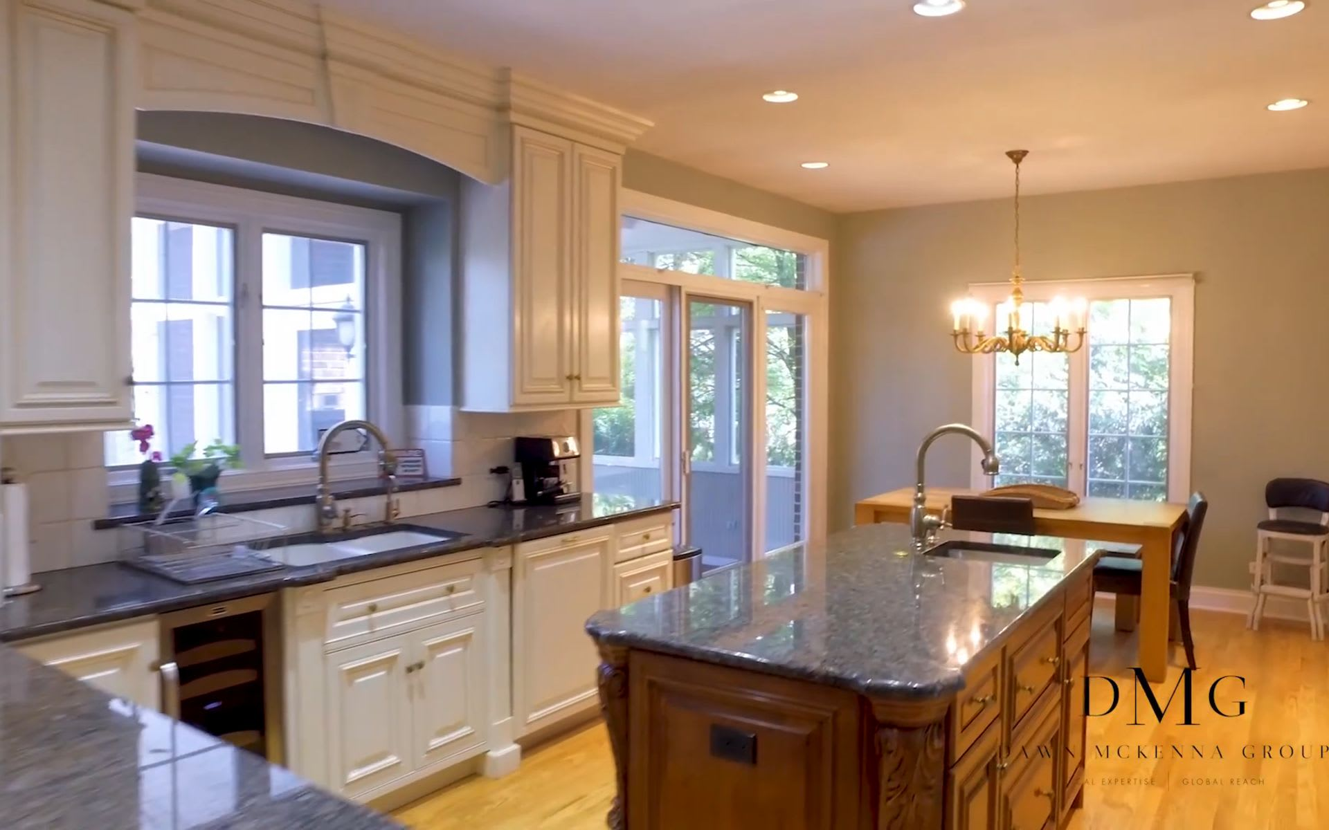 413 WEST 9TH STREET, HINSDALE, IL DAWN MCKENNA GROUP video preview