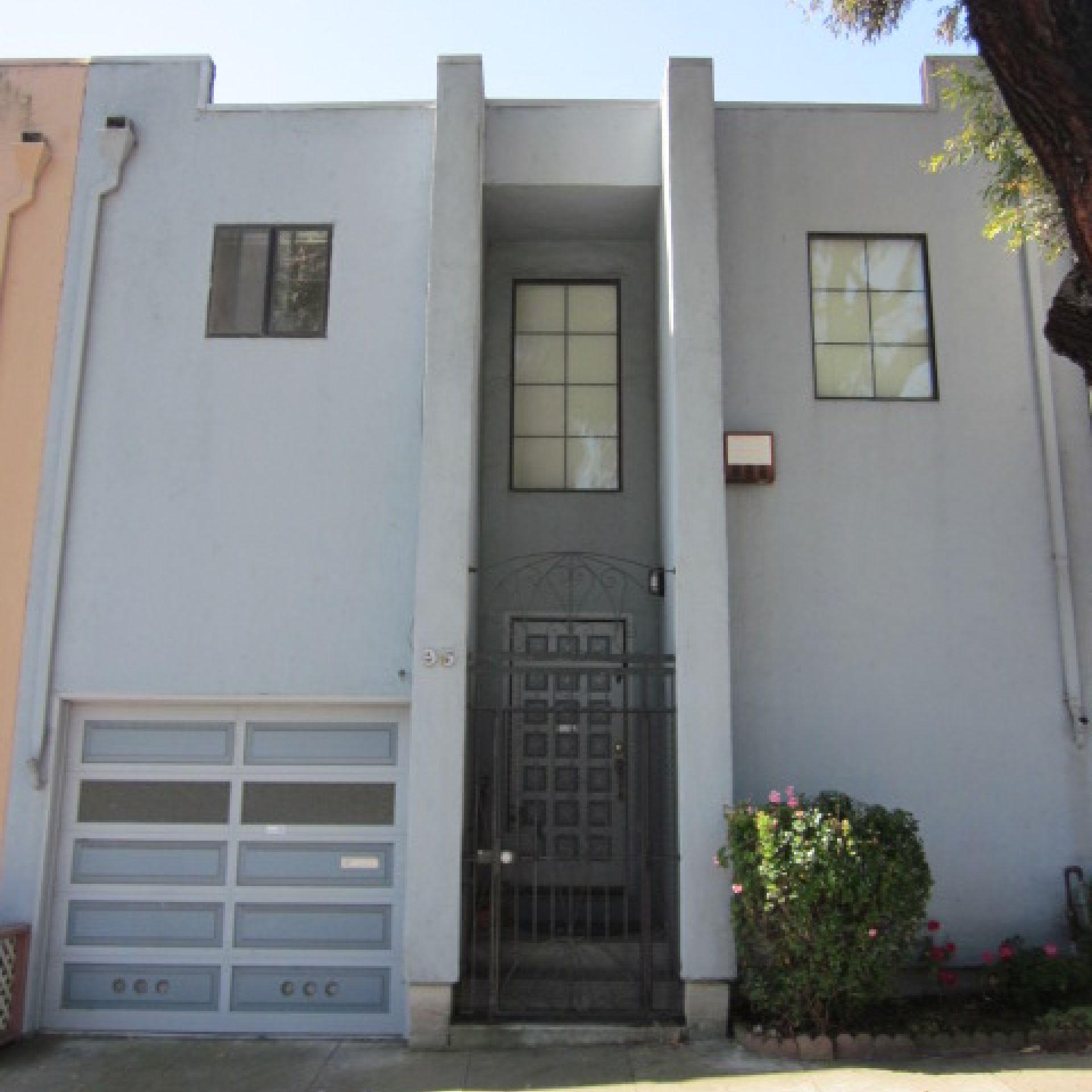 2BR/2BA house in Sunnyside