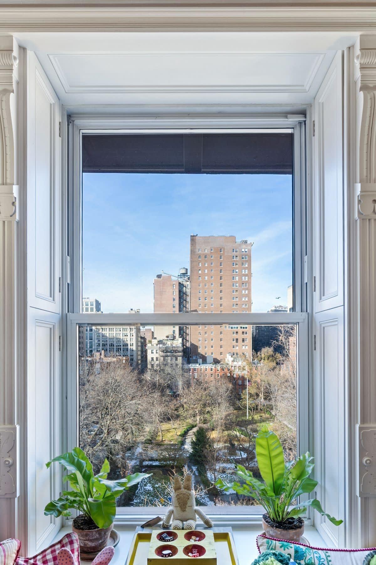34 Gramercy Park East PHB