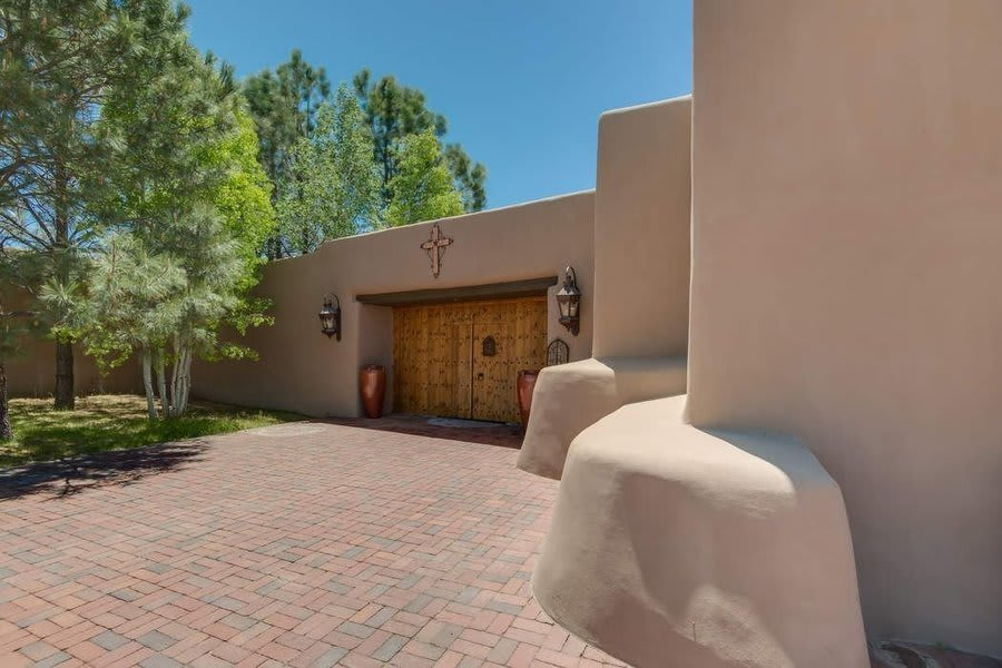 Santa Fe's Luxury Second-Home Market Soars