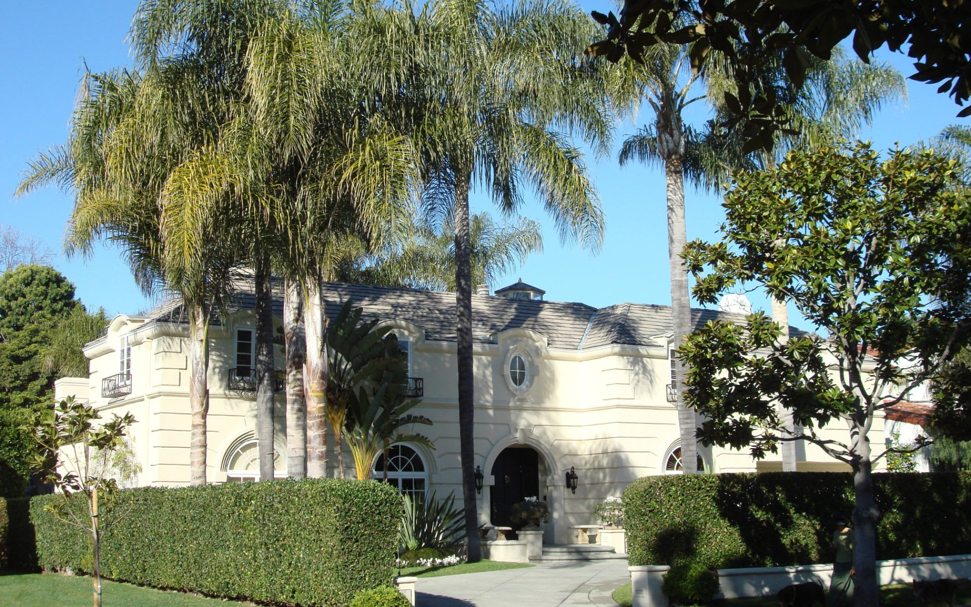 Kylie Jenner Buys Brand-New L.A. Mansion