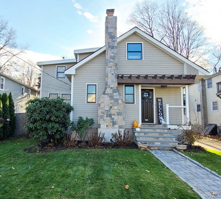 25 Burdette Ave., Framingham