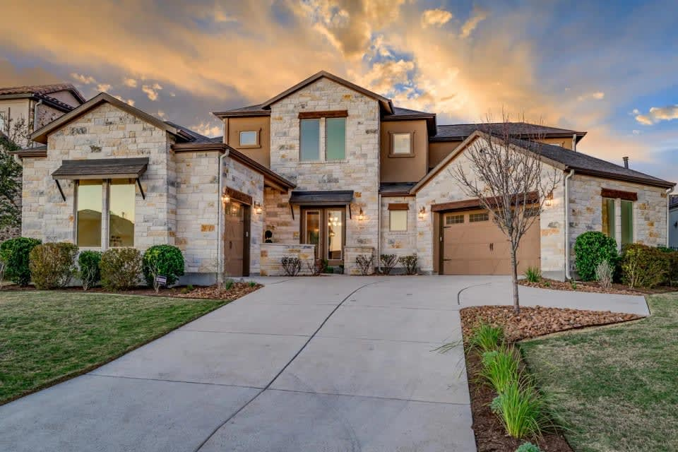 Sold! 805 Serene Estates Dr Lakeway, Texas - Sold! video preview