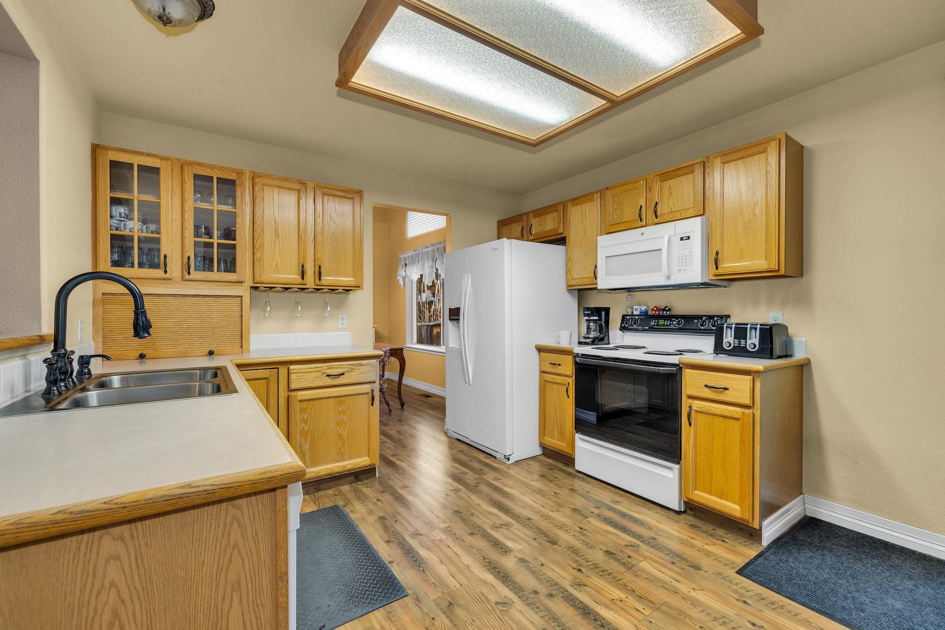 2236 Ashwood Place photo