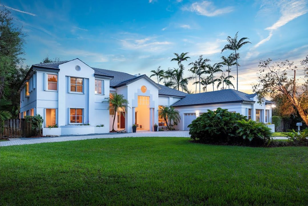 Spacious Two-Story Estate | 6500 SW 109 Street, Pinecrest video preview