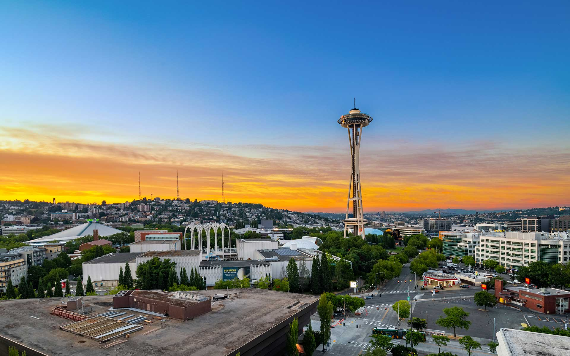 Iconic Seattle Views & The City at Your Doorstep photo
