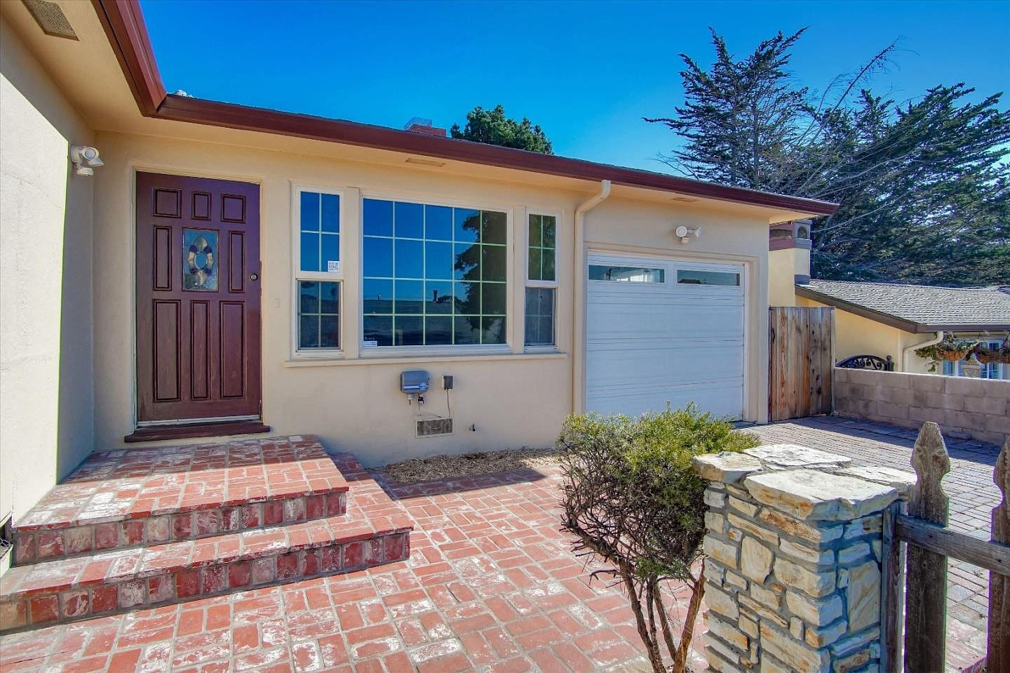 1260 Waring Street, Seaside, CA - Cute Renovated Home video preview
