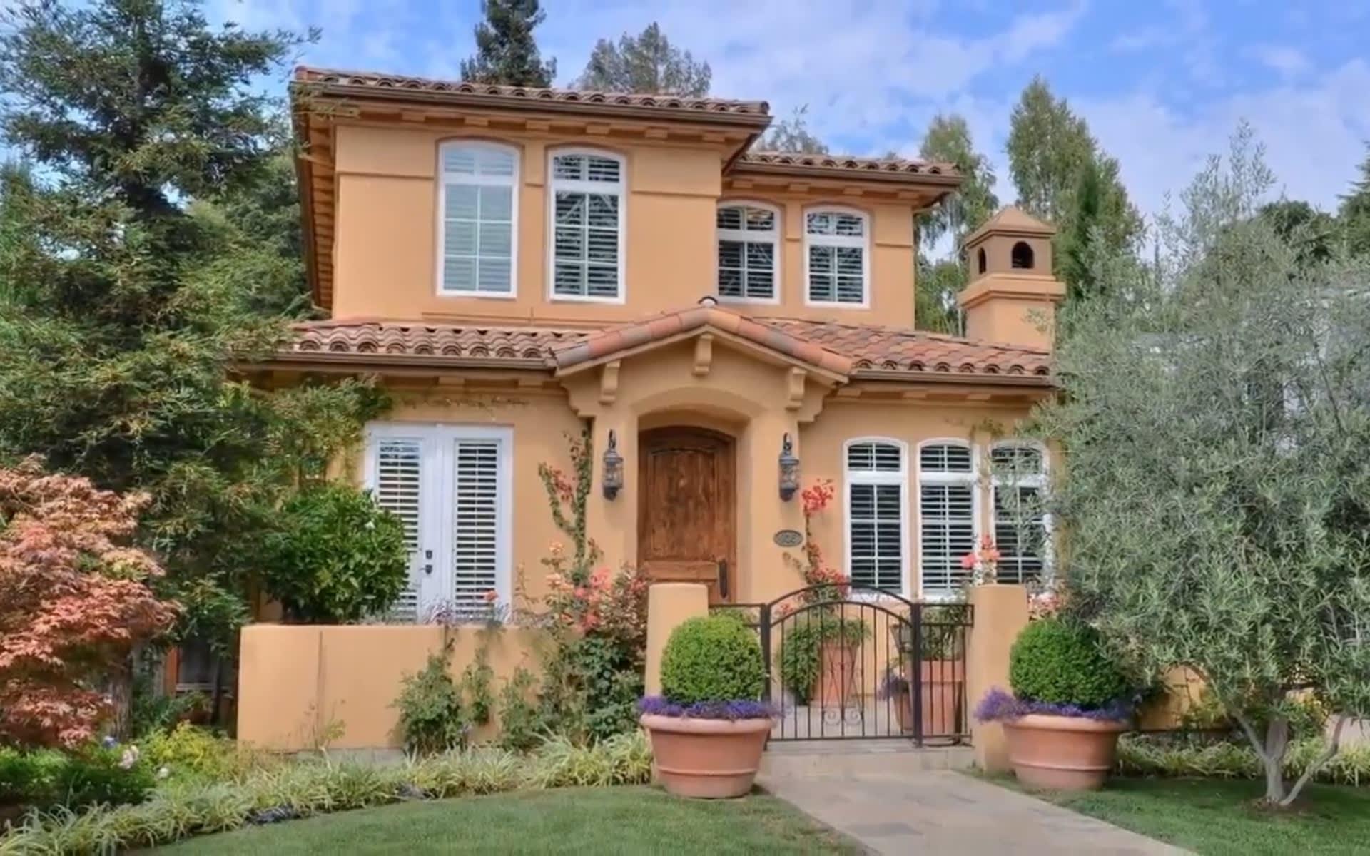 935 Lundy Lane, Los Altos CA 94024 video preview