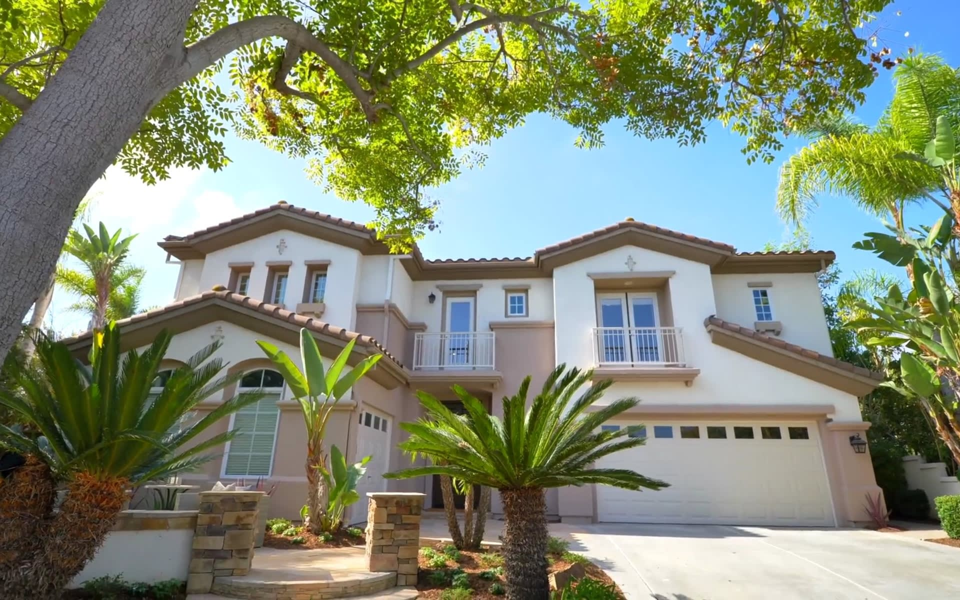 5255 Raven Hill Point | Patty Contreras Real Estate video preview