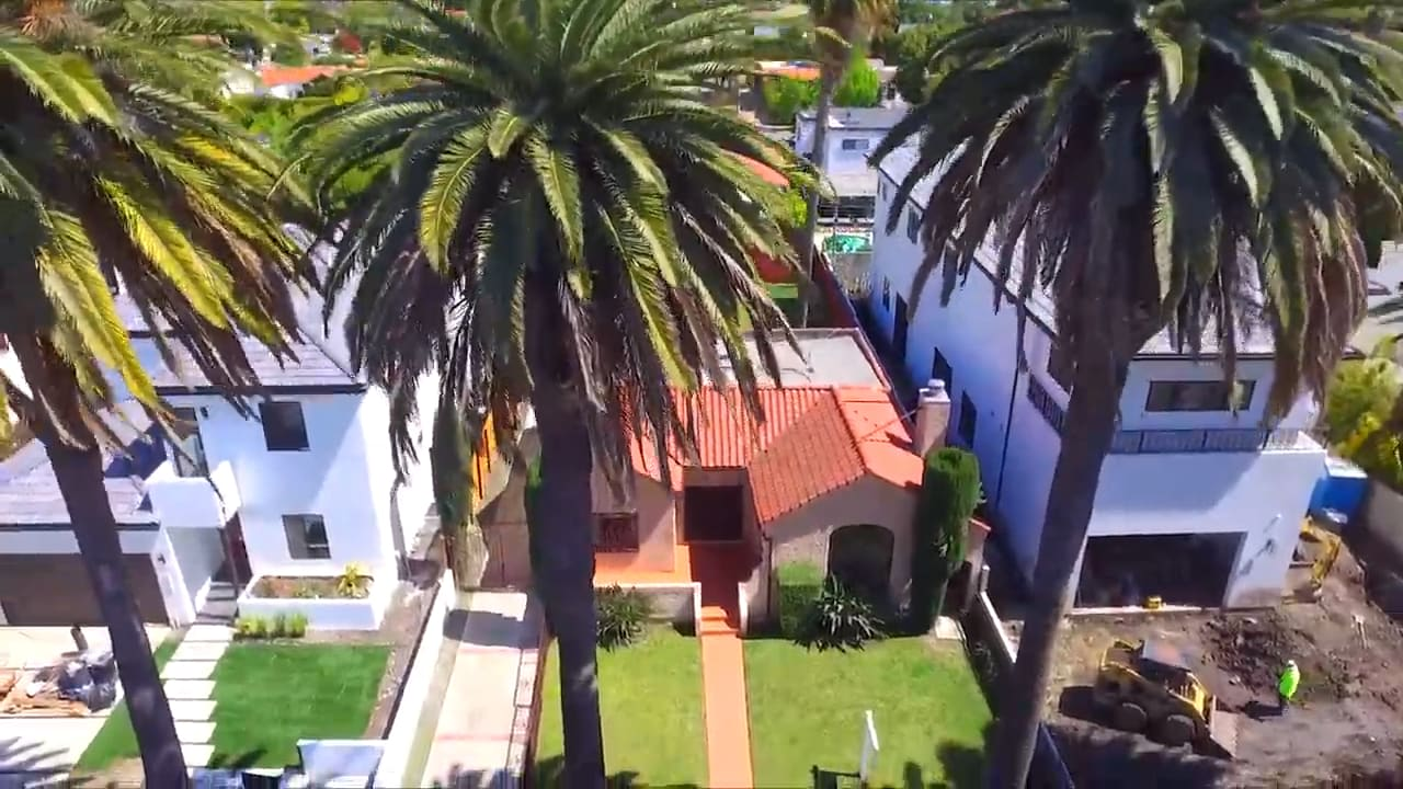 438 N Crescent Heights   Beverly Grove video preview