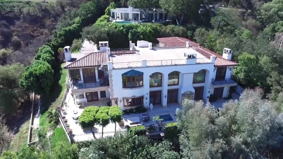 13319 MULHOLLAND DRIVE video preview