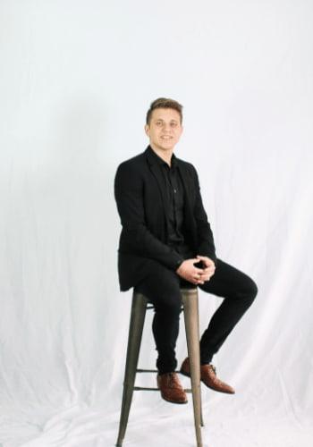 Alex Tomev