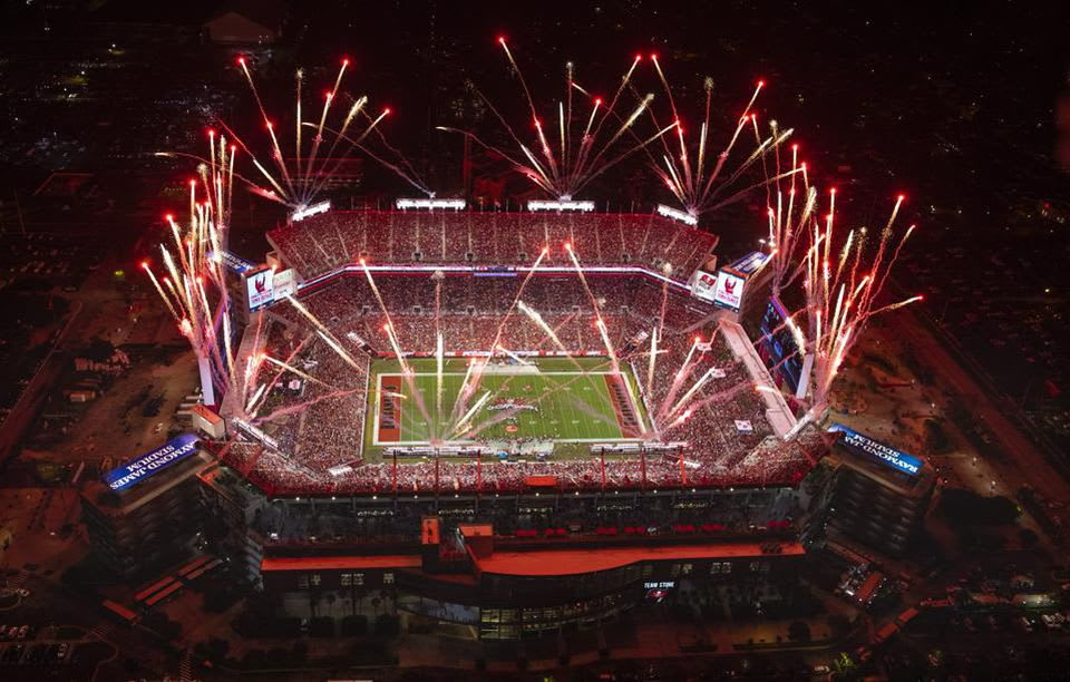 Bucs become 1st team ever to play Super Bowl in home stadium