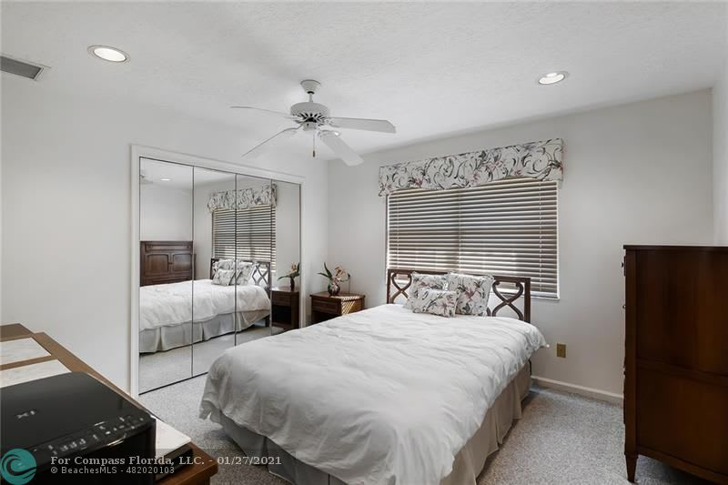 9840 SW 3rd Ct preview