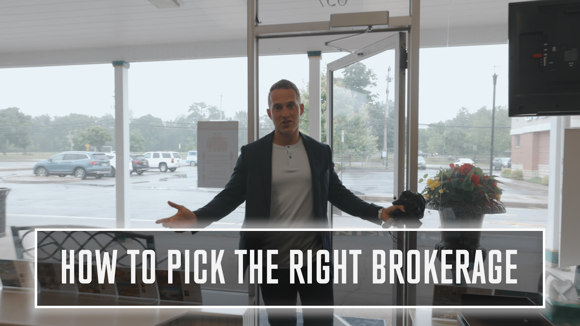How to pick the RIGHT Brokerage - VLOG #022 video preview