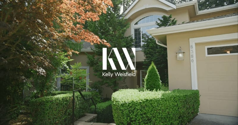 """8380 SE 43rd St """"Stunning Mid-Island Turn-Key"""" video preview"""