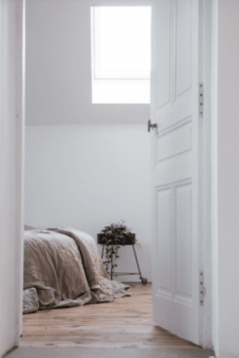 How to Choose a Shade of White Paint