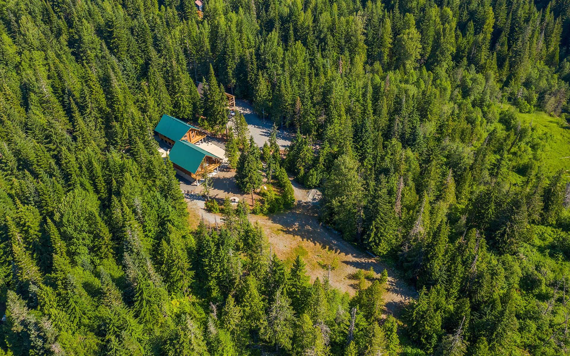 Log Cabin Luxury in a Majestic Mountain Setting photo