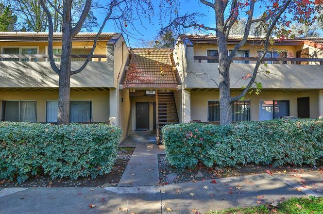 292 Tradewinds Dr, #11 preview
