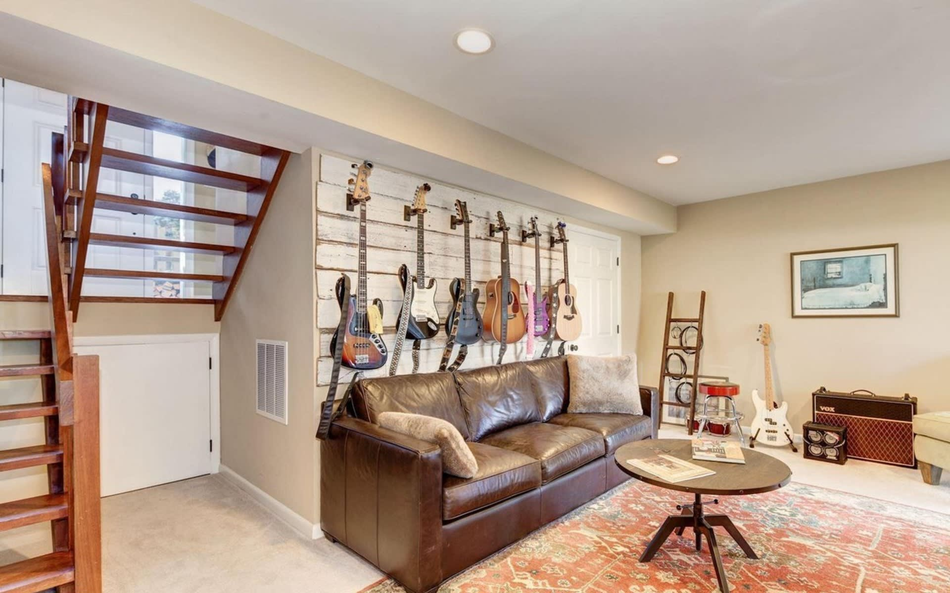 2 Klakring Court, Annapolis, Maryland 21403 video preview