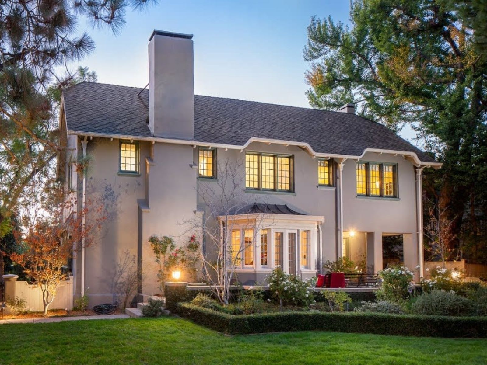 Gorgeous Madison Heights home in Pasadena designed by Sylvanus Marston video preview