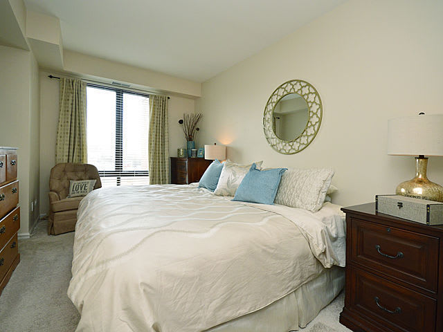 343 W Old Town Ct, #607 photo