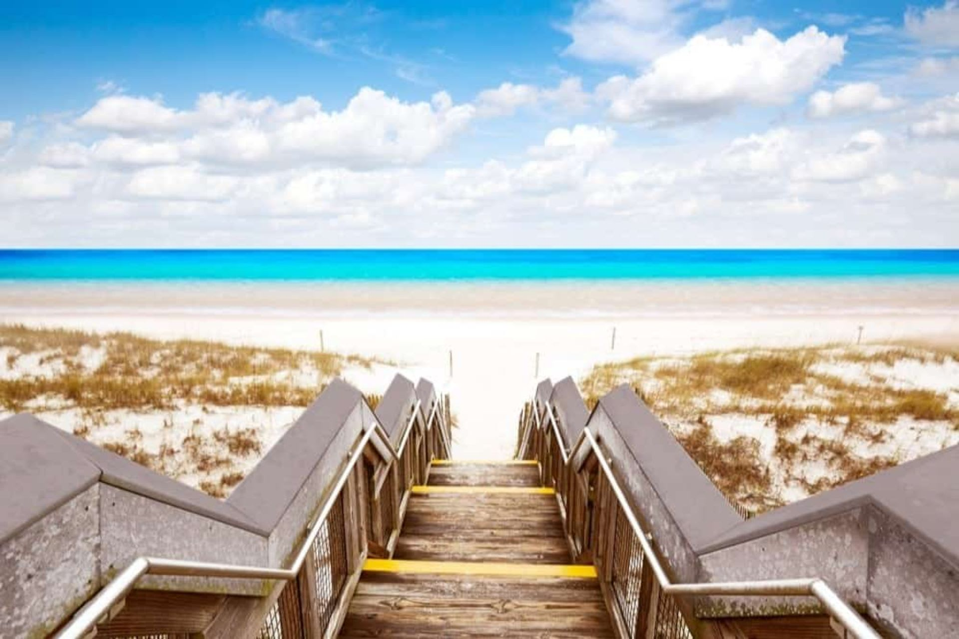 A Guide to Emerald Coast Beaches
