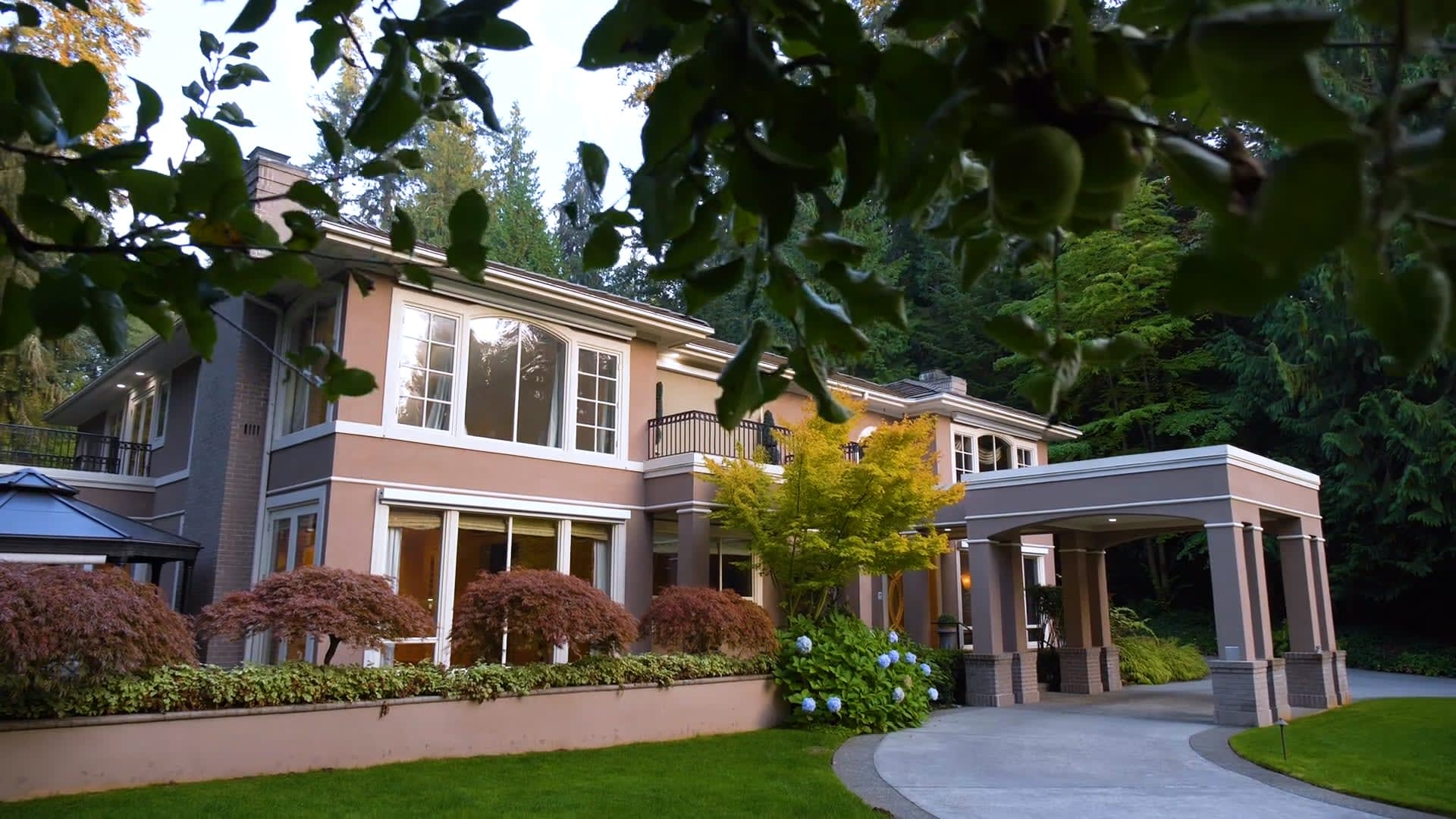 Whitcomb Estate in Woodway, WA video preview