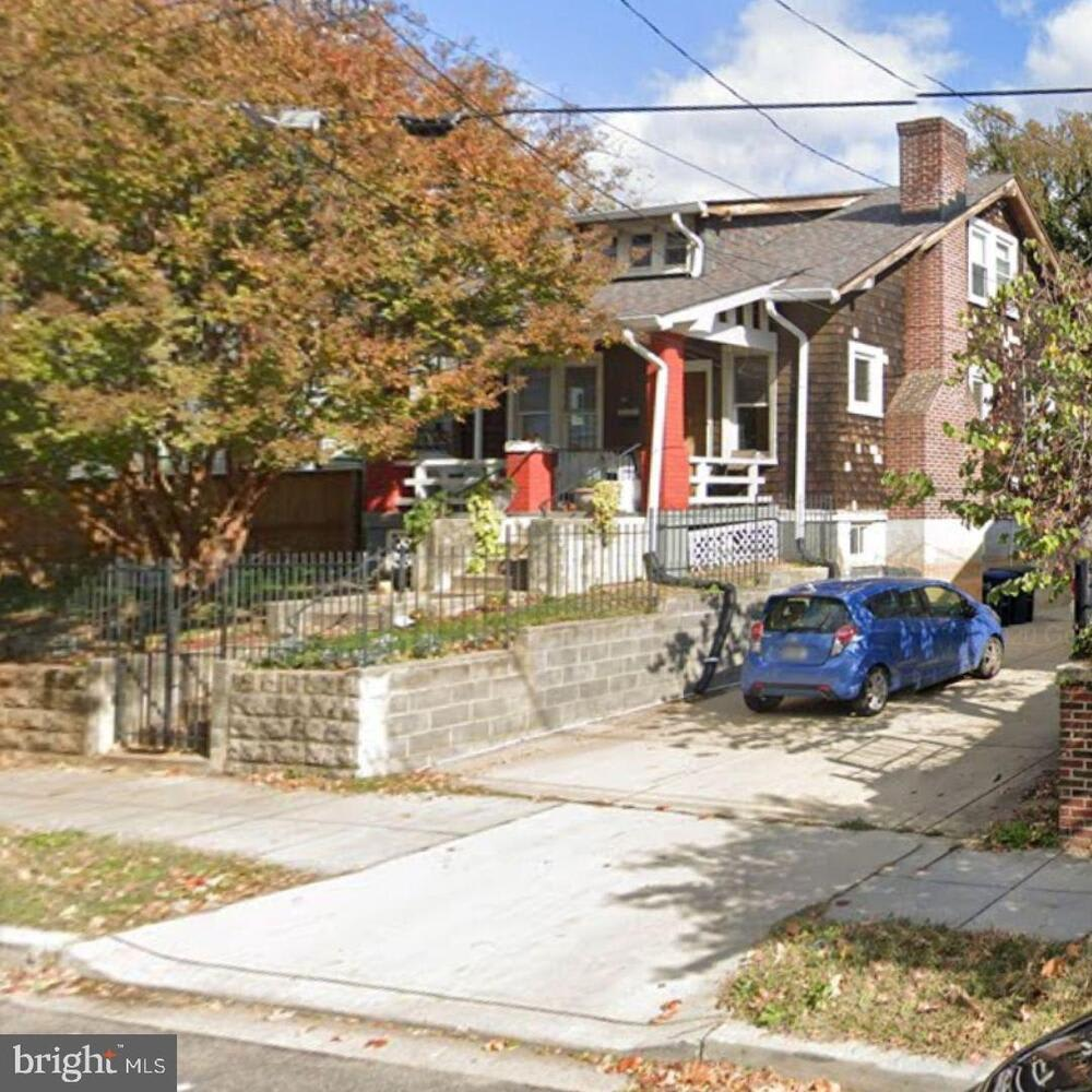 3303 9th Street NE photo