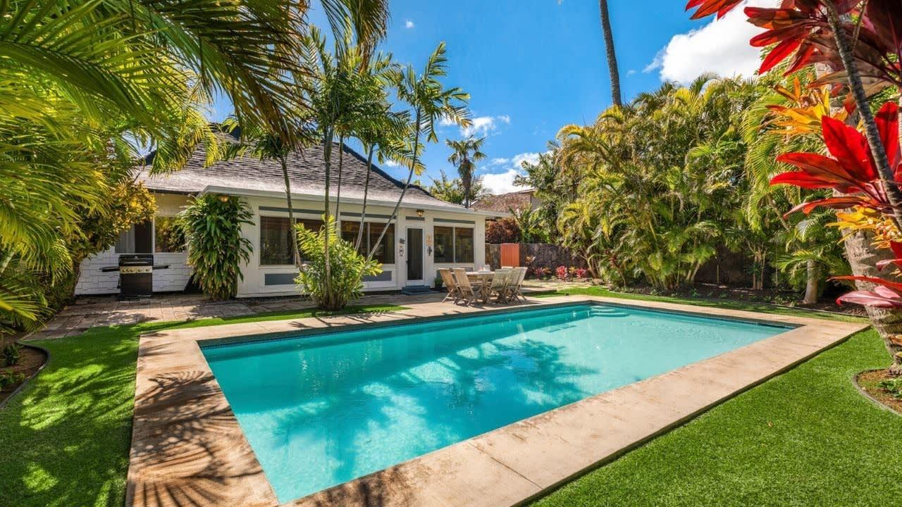 4586 Aukai Avenue, Honolulu, Hawaii Real Estate video preview