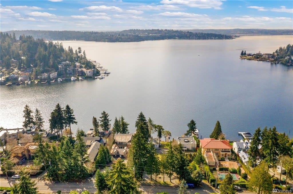 Represented Buyers / $11,595,000 / 9603 Lake Washington Blvd NE, Bellevue, 98004 image