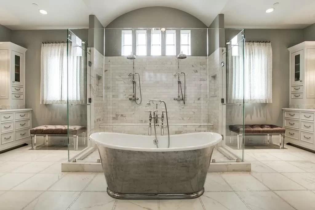 Bathroom image 10