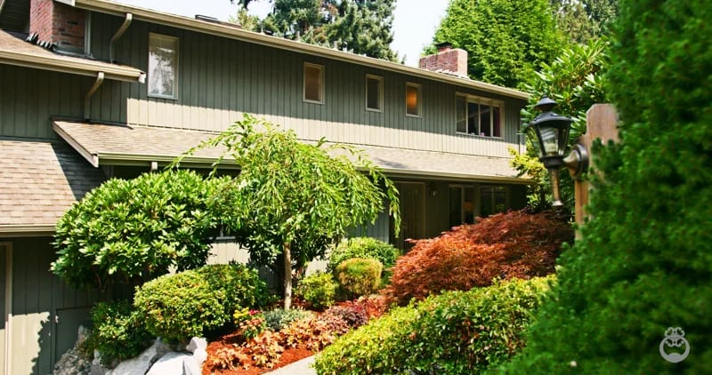 """7228 West Mercer Way """"Mercer Island Classic"""" video preview"""