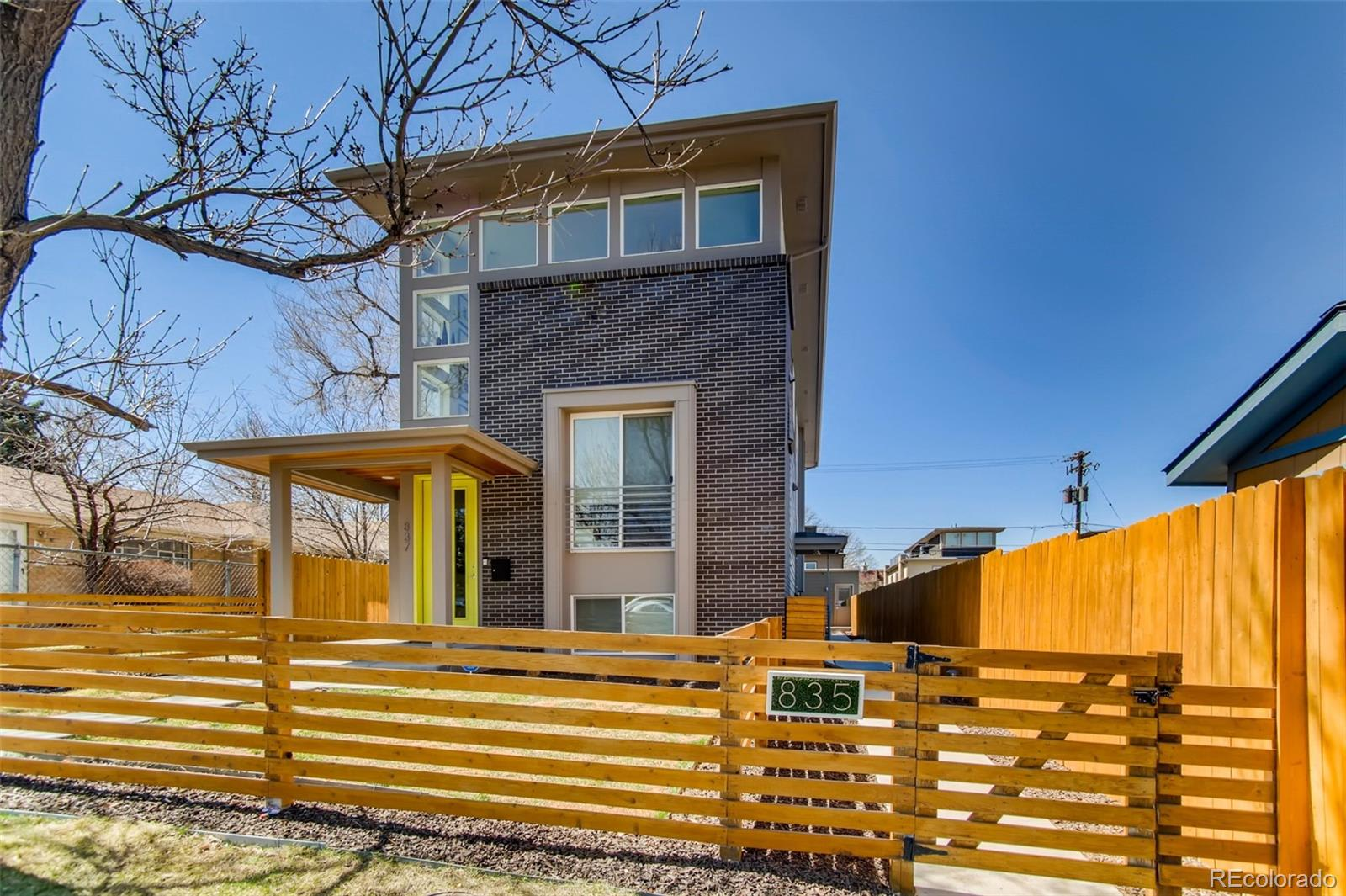 835 Forest Street photo