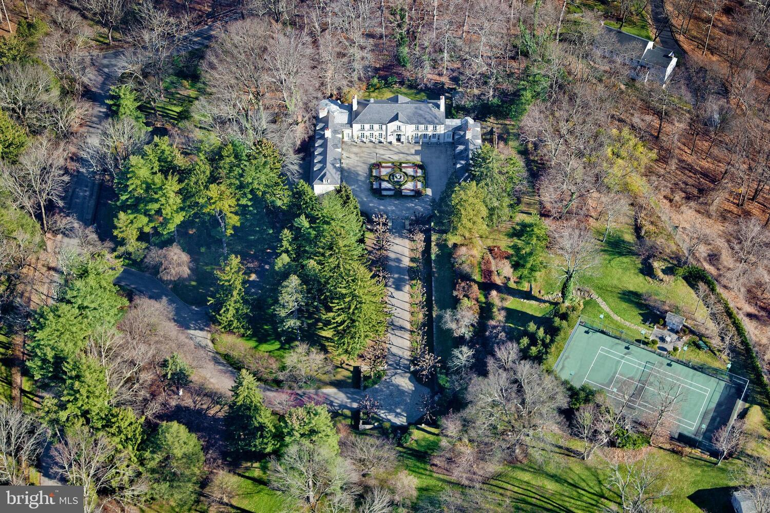 1131 Green Valley Rd photo