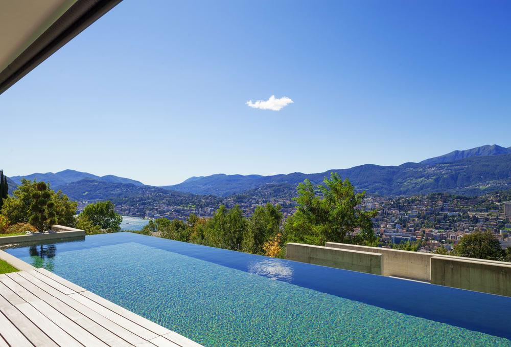 Luxury on the Edge: Epic Infinity Pools Around the World