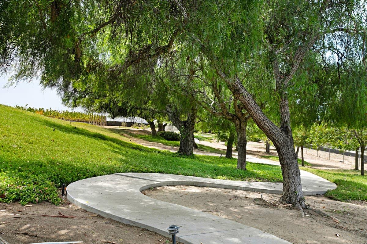 832 Grove View photo