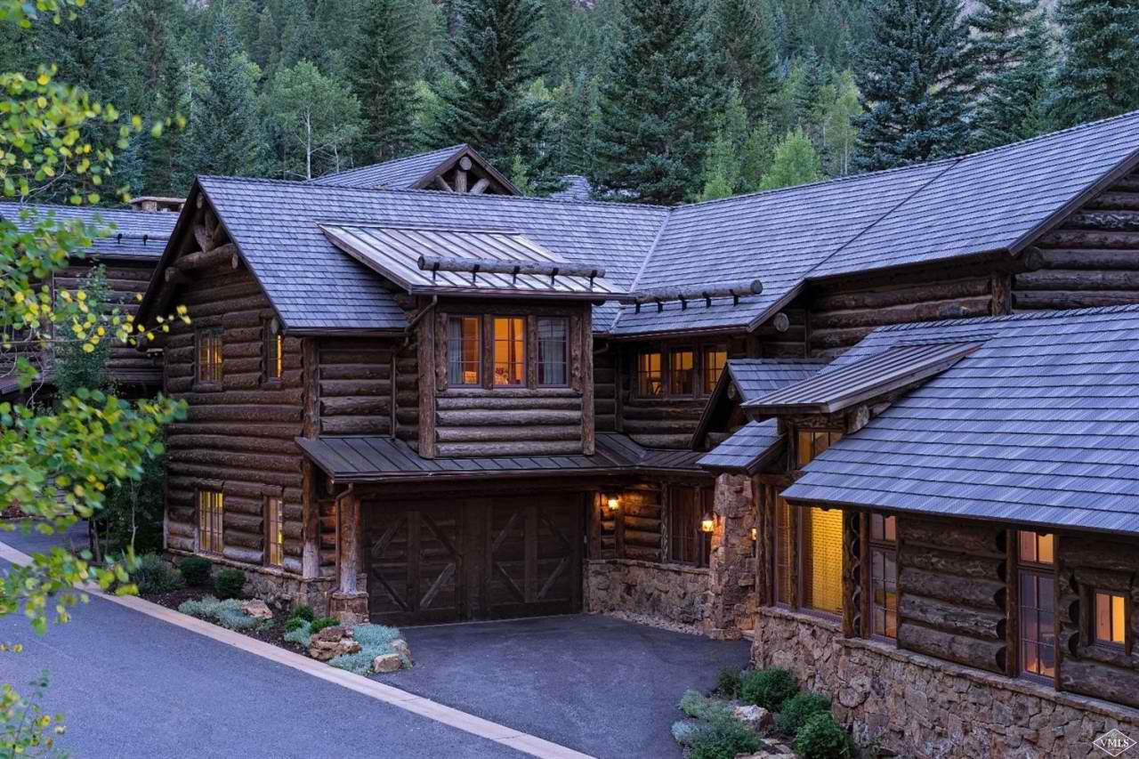 Tom Dunn and Tye Stockton of LIV Sotheby's International Realty Sell a Mountain Modern for $3,975,000