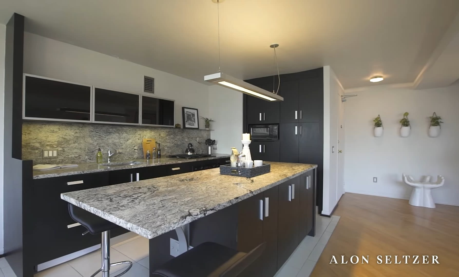 Residence 1803 at The Rittenhouse Savoy video preview