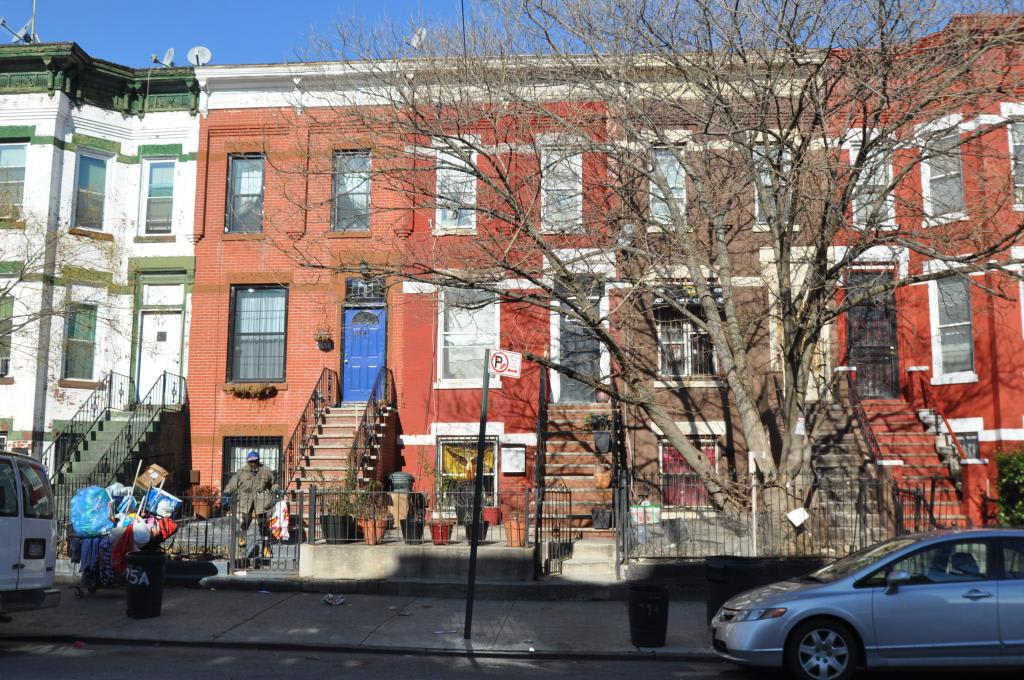 77 Somers St photo