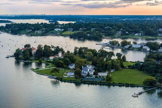 Vitamin Sea |  5 Waterfront Homes
